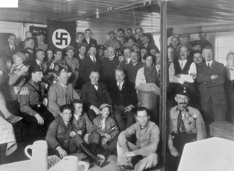 Hitler-and-party-members